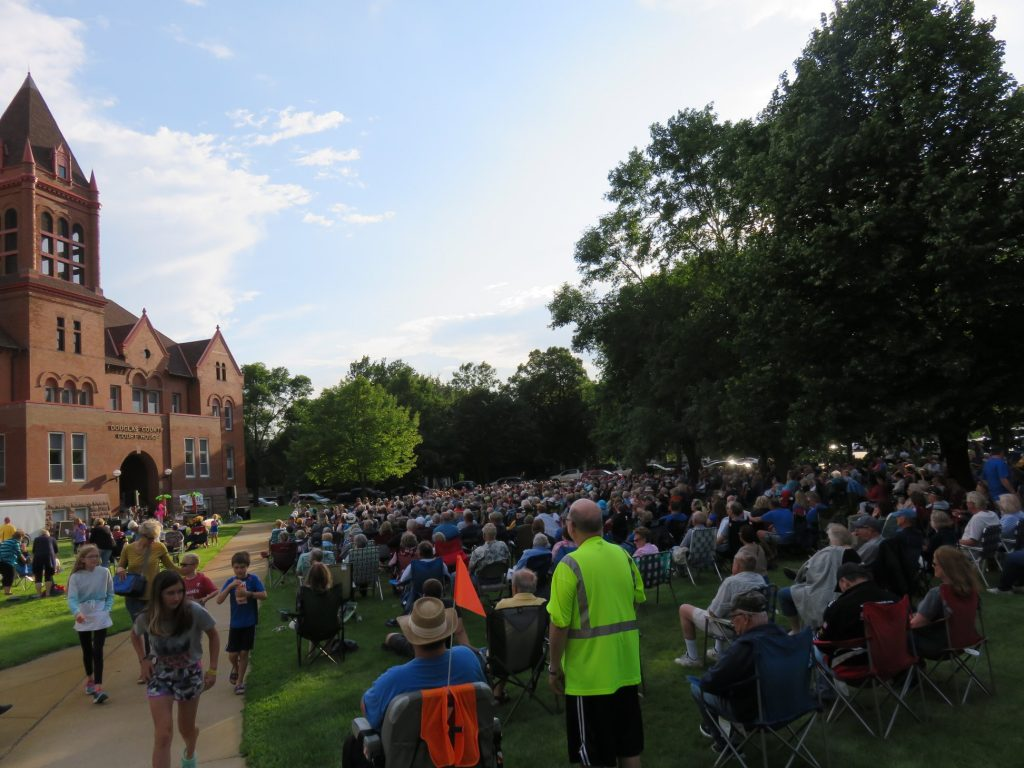concert on the lawn 2019