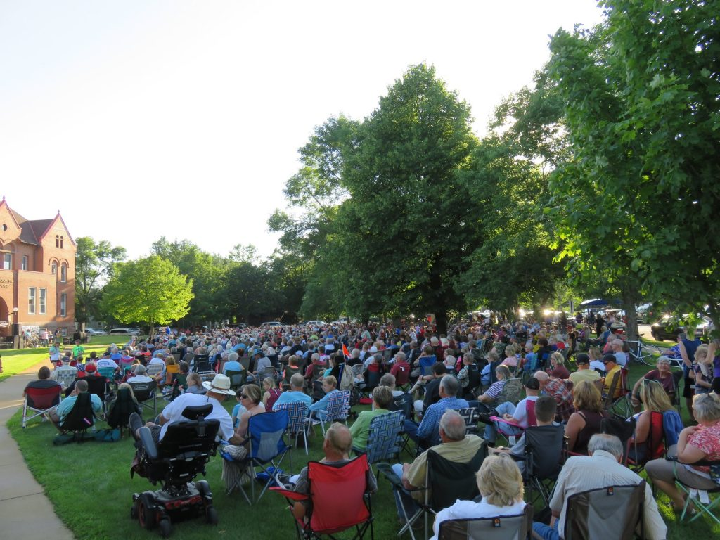 red will arts concert on the lawn