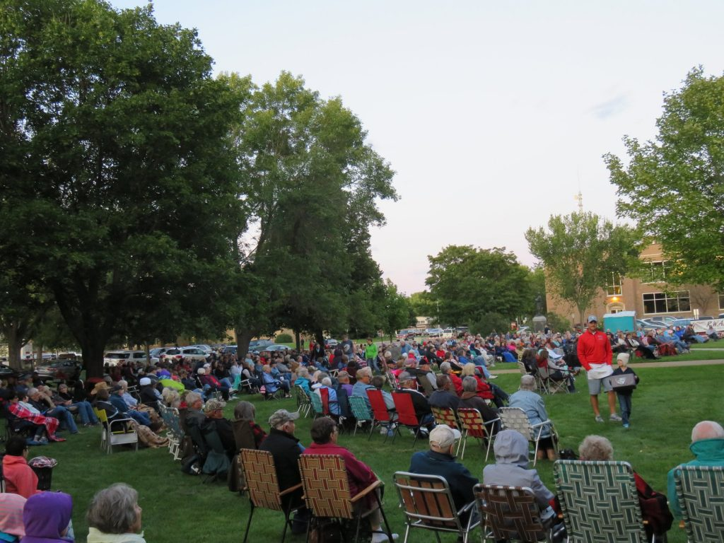 concert on the lawn in alexandria mn