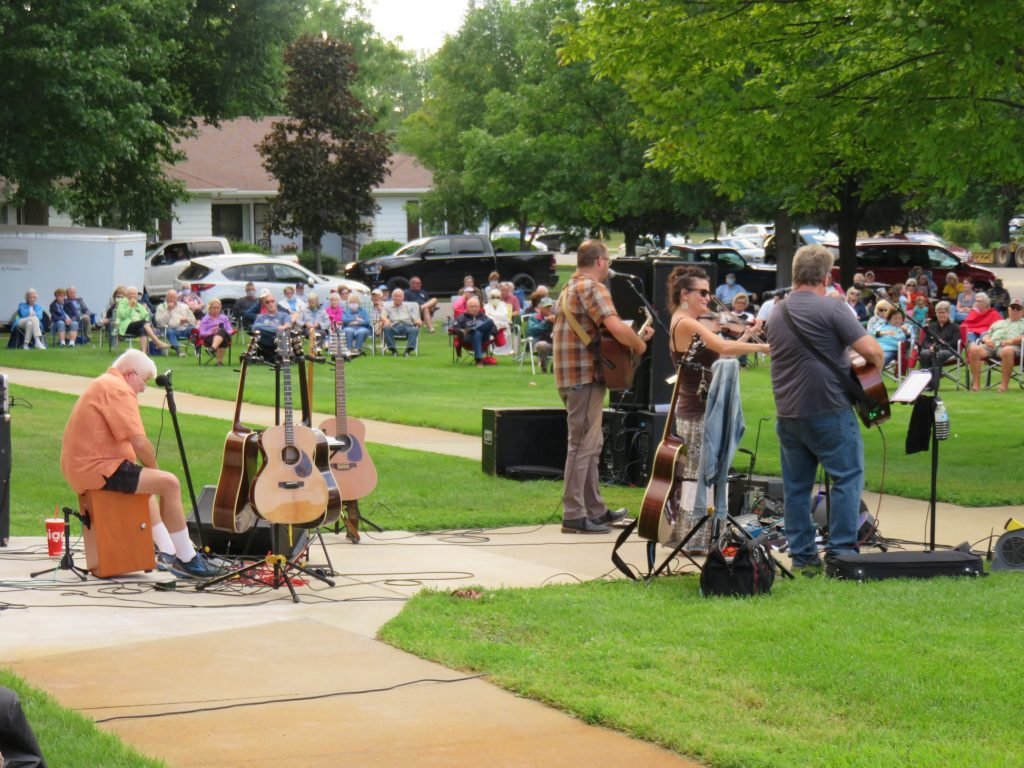 outdoor concert alexandria mn august 2020